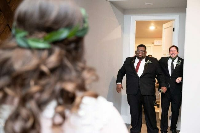 first look with groomsmen