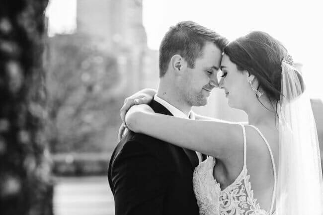 wedding photos downtown Kansas City